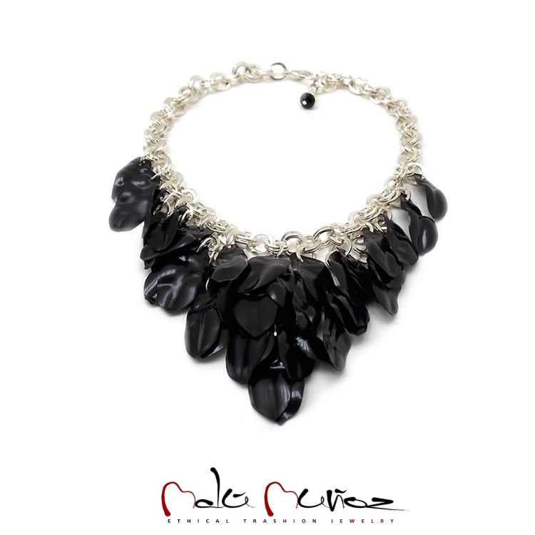 Collar Chiara Black