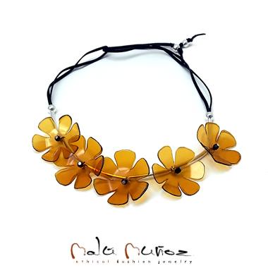 627058afd742 UPCYCLED by Malú Muñoz- bisutería moda ecológica artesanal hecha a ...